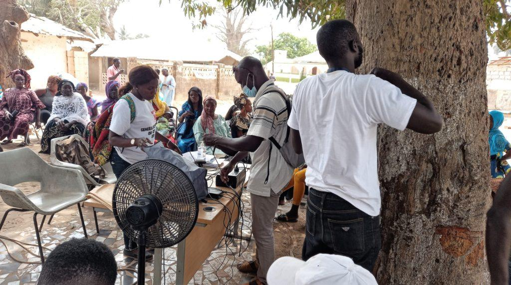 Registration Staff at Bijilo Bantaba (c) Yusef Taylor