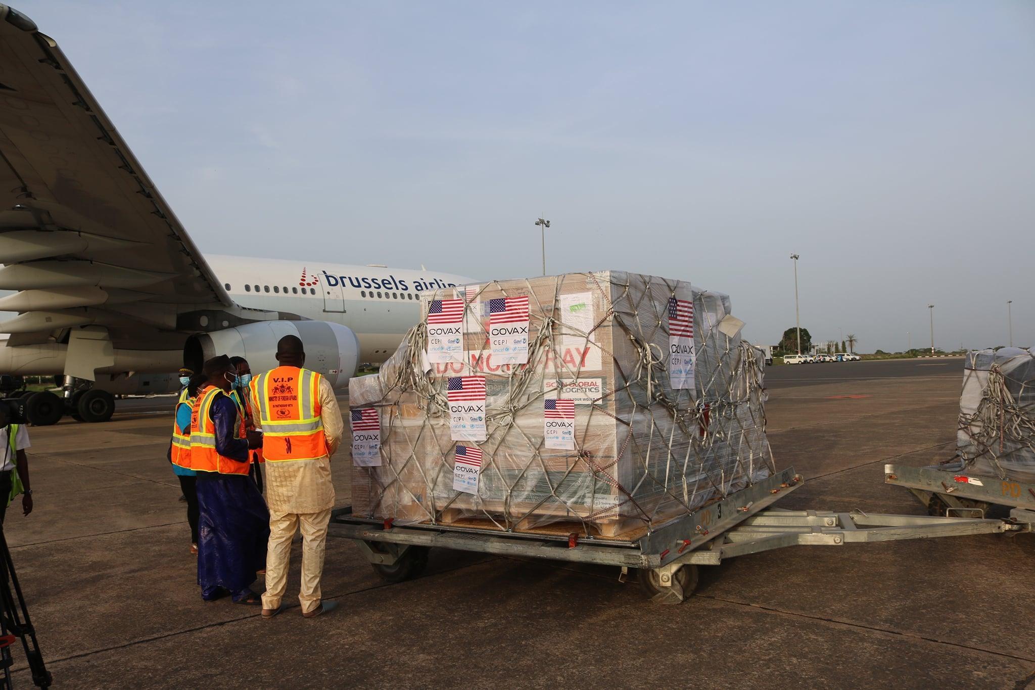 US Officials handing over Vaccines U.S. (c) Embassy Banjul, The Gambia